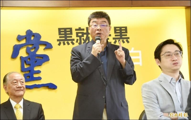 新黨在這次選舉中,僅獲得1.04%的得票率,最後決定不解散。中國國台辦發言人馬曉光今天在例行記者會說,「對此表達由衷欽佩」。(資料照)