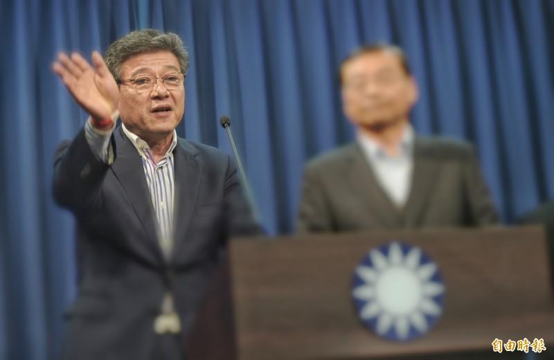 國民黨昨(15)日決議由投資中國經歷豐富的「全國台灣同胞投資企業聯誼會常務副會長」林榮德(左)做代理主席。(資料照)