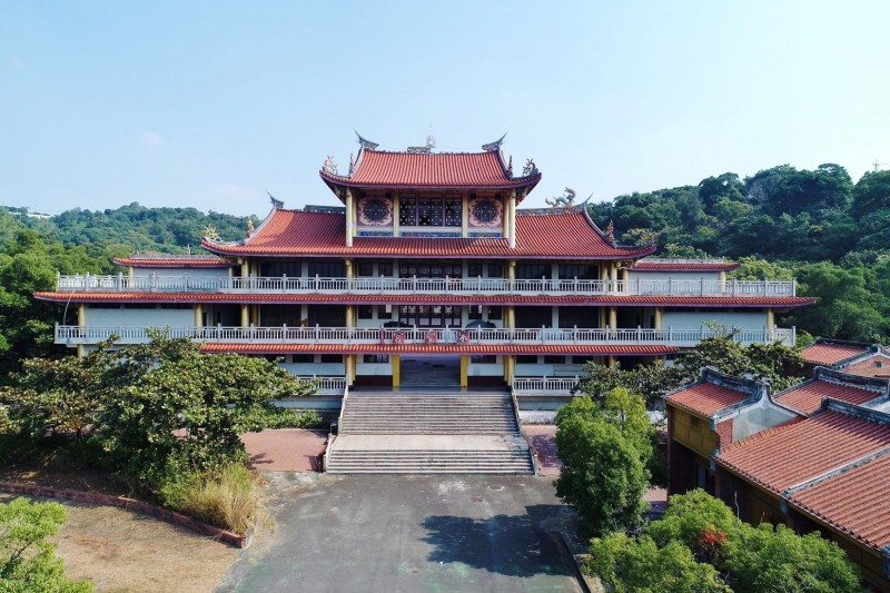 台灣民俗村盛極一時,但園區荒廢多年,地主也多次易主。(李泳昌提供)