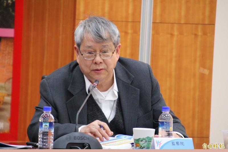 監委陳師孟傳出請辭,今天正常到監察院上班。(資料照)
