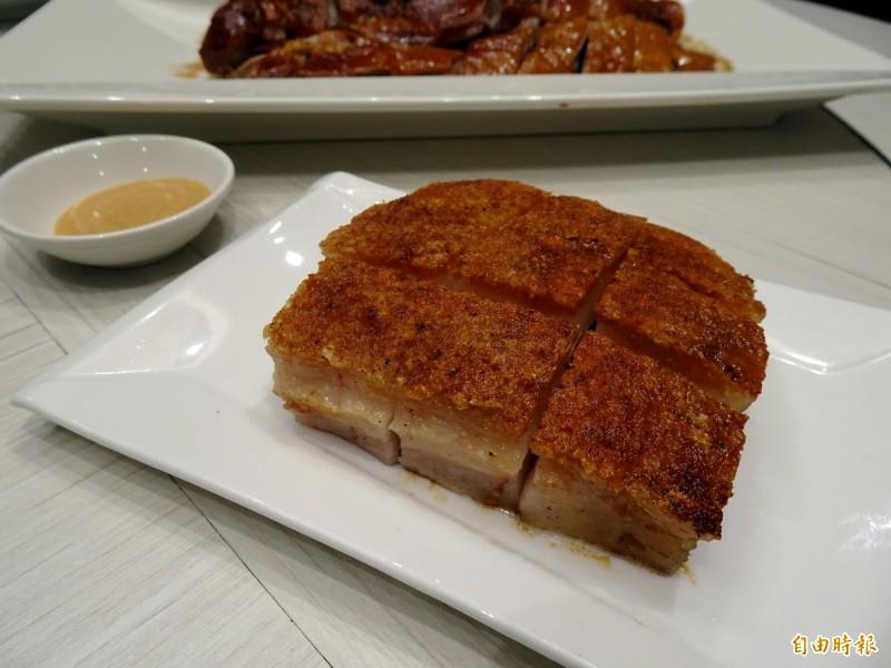 「金磚燒肉」酥脆不膩。(記者張菁雅攝)