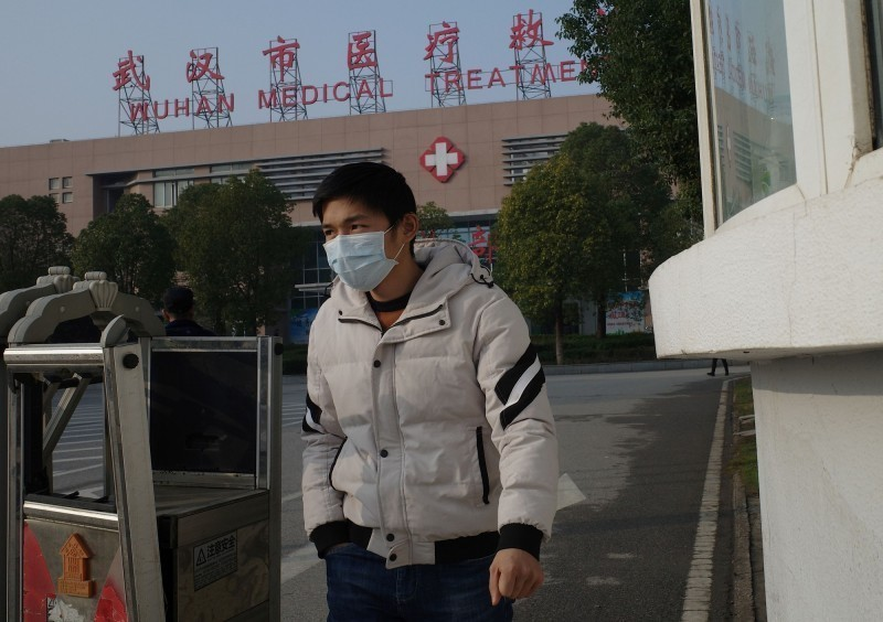 中國武漢新型冠狀病毒引發的肺炎疫情持續升溫,截至20日中國境內病例共224起,確診至少217例,3人死亡。(法新社)