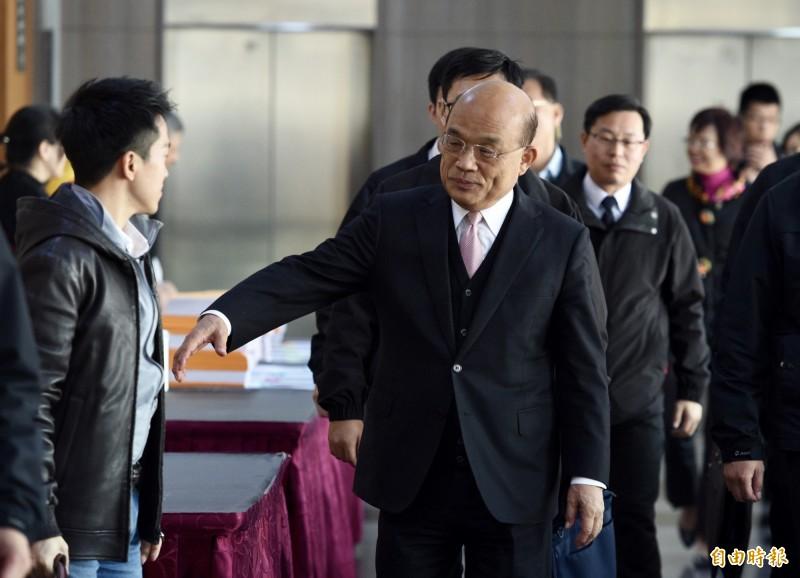 民進黨立法院黨團20日於台大醫院國際會議中心舉行餐敘,行政院長蘇貞昌等人出席。(記者羅沛德攝)