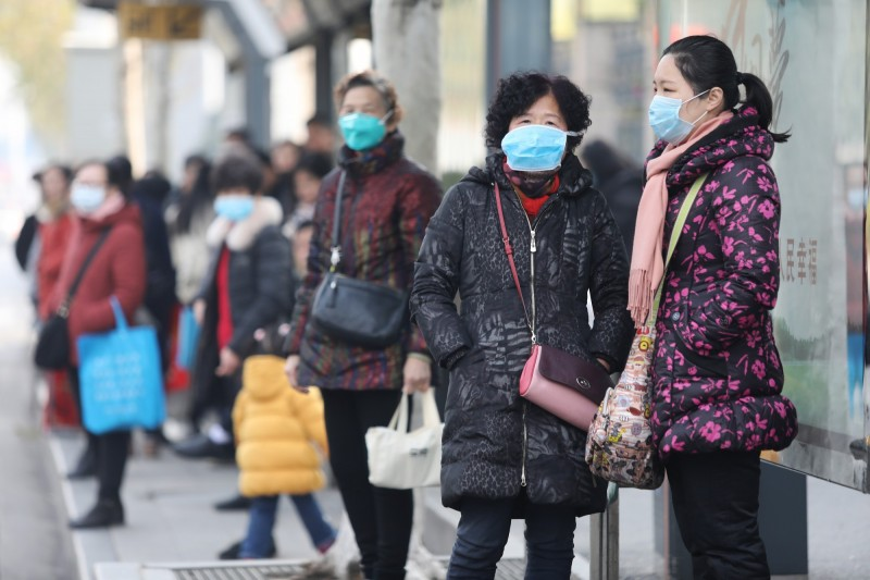 中國武漢肺炎疫情爆發,美國出現首宗確診病例,美、日、中、台等國皆開始進行防疫工作。(歐新社)