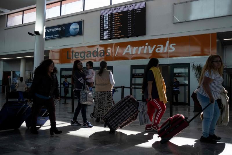 中南美多國紛紛傳出武漢肺炎疑似病例。圖為墨西哥機場。(法新社)