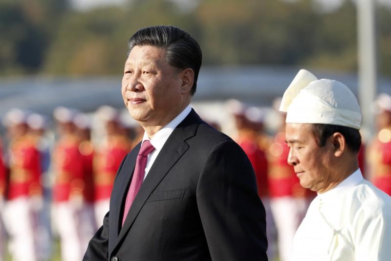 中國武漢去年底爆發的「2019新型冠狀病毒」(2019-nCoV)日趨嚴重,中國國家主席習近平本月20日才做出表態,隨後確診和死亡人數突然攀升,武漢也被迫封城。(美聯社資料照)