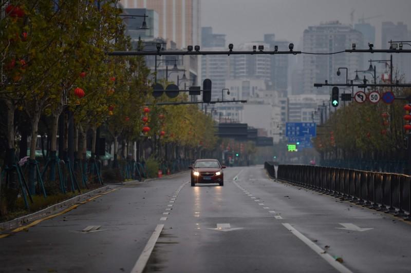 圖為武漢26日街景。(法新社)