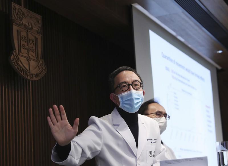 梁卓偉表示,武漢可能已有2萬5630宗確認個案,如包括潛伏期間的病人,當地恐有4萬3590名人遭到感染。(美聯社)