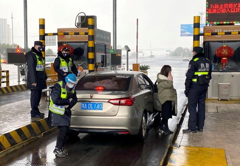 為防止武漢肺炎疫情擴散,蒙古今日宣布,即日起關閉與中國連接的邊境。圖為示意。(路透)