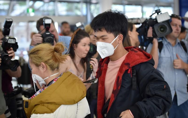 澳洲出現武漢肺炎第5例確診,21歲女性搭乘武漢飛往雪梨的最後一班飛機。(法新社)