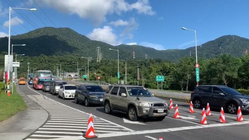 交通部公路總局指出,今天各公路北返車潮湧現,蘇花改從中午就開始出現北上車流。(資料照)