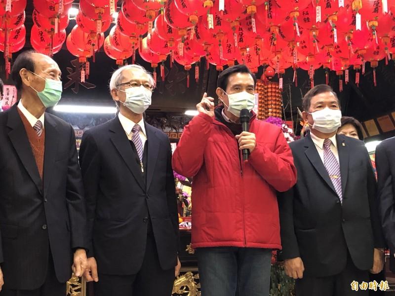 前總統馬英九改口稱,希望口罩供應無虞時援助武漢。(記者陳昀攝)