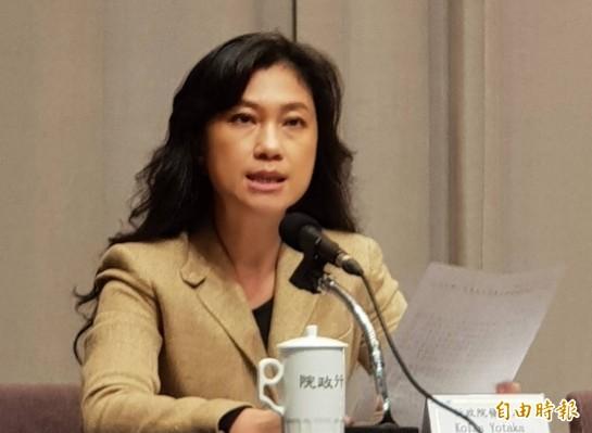行政院發言人谷辣斯.尤達卡(Kolas Yotaka)表示,政府每日將向業者徵購4百萬片口罩。(資料照)
