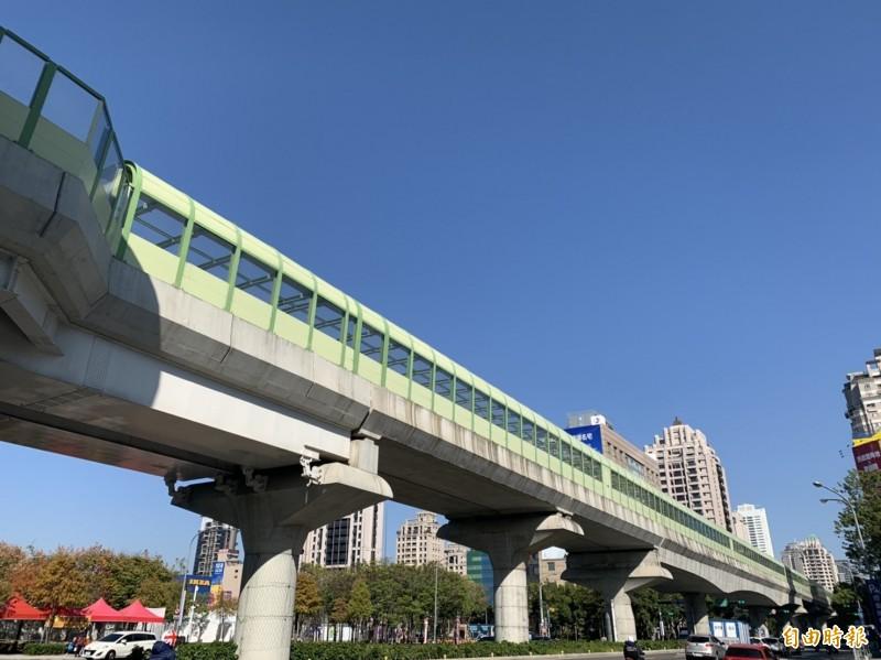 台中捷運公司將全面接管路軌及車站,接著展開行車測試。(記者唐在馨攝)