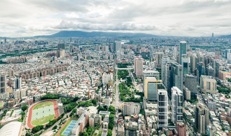 新北市政府透過大眾運輸發展為導向(Transit Oriented Development,TOD)的都市發展策略,再公布35處場站適用。(新北市政府提供)