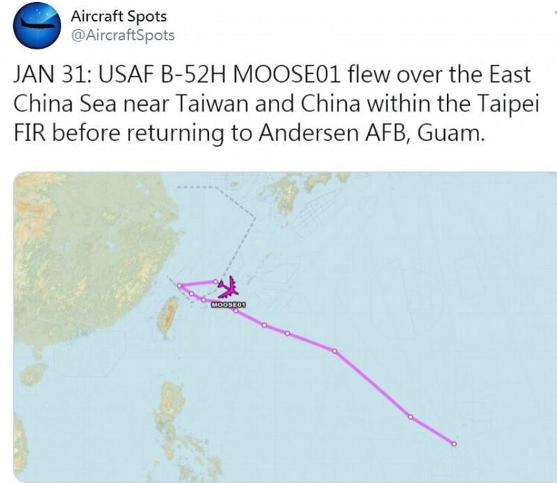 推特「飛機守望」(Aircraft Spots)昨天(31日)指出,一架B-52H轟炸機進入台北飛航情報區。(圖翻攝自推特)
