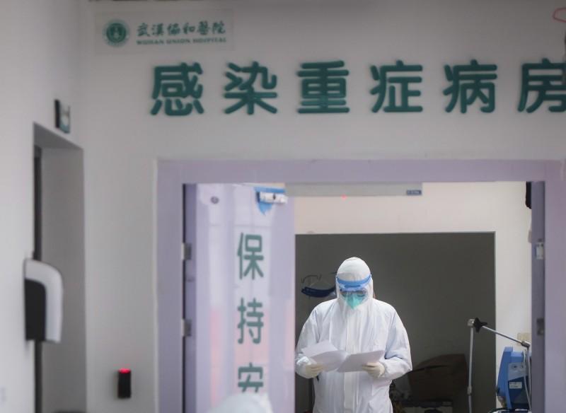 中國昨新增死亡病例45例,死亡人數佔整體死亡總數14.8%。(美聯社)