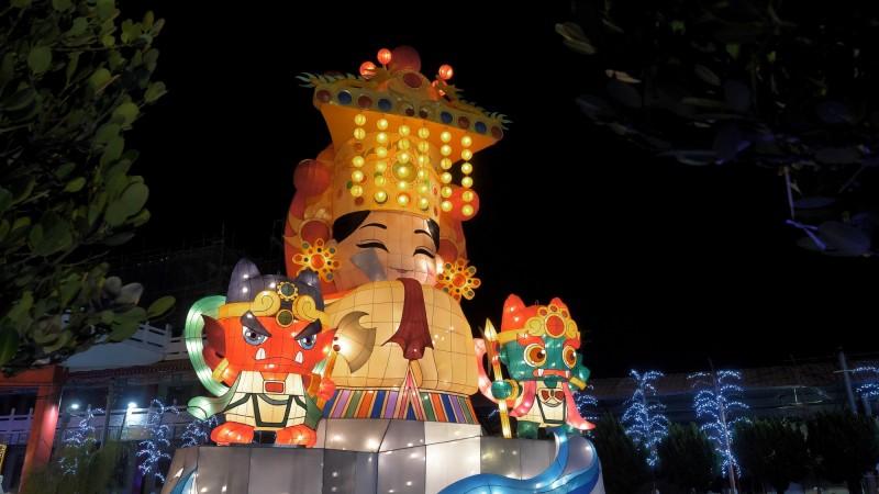 聖母廟媽祖花燈展示。(聖母廟提供)