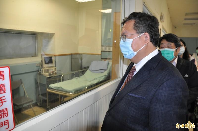 面對柯文哲昨日失言風波,桃園市長鄭文燦暗酸:「口罩戴起來!」(記者周敏鴻資料照)