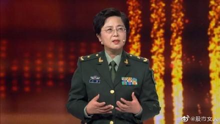 中國派出首席生化武器防禦專家陳薇(見圖)到武漢坐鎮,引發中國網友譁然。(圖取自微博)