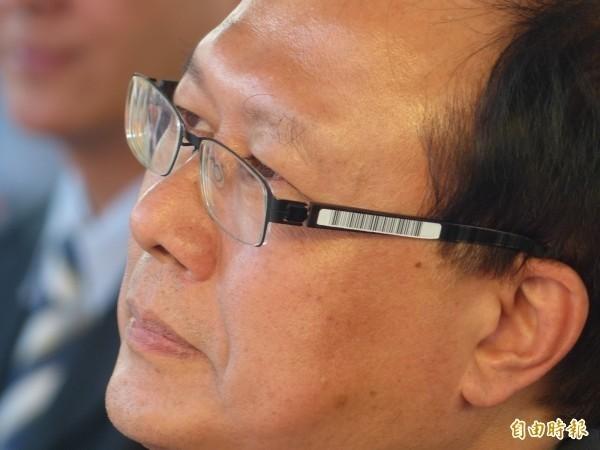 行政院人事行政總部副人事長蘇俊榮表示,公務員請防疫照顧假「一定准、不給薪」。(資料照)