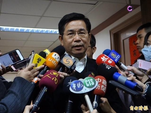 教育部長潘文忠今天受訪表示,私幼家長也適用防疫照顧假。(記者吳柏軒攝)