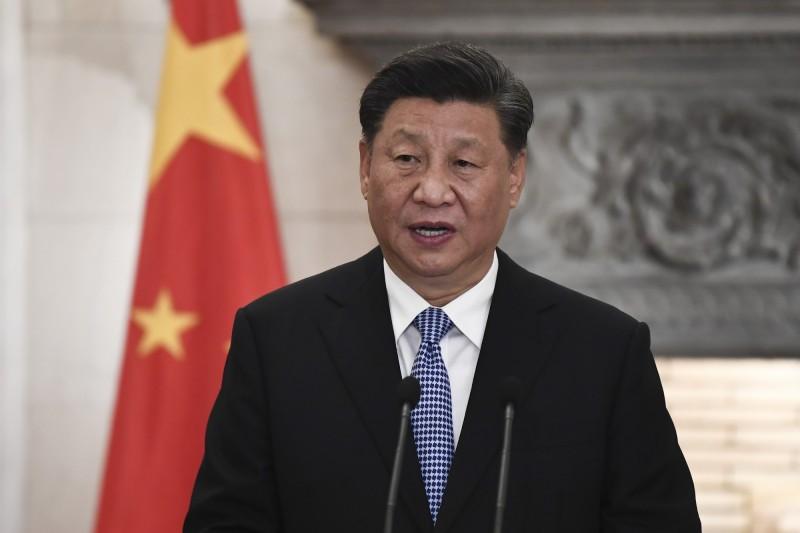 中國疫情持續蔓延,領導人習近平讓位文網路熱傳。(彭博)
