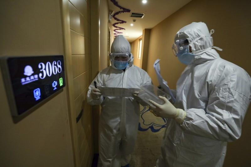 中國科學院武漢病毒研究所4日公布一項研究成果,稱中國學者在抗2019新型冠狀病毒(2019-nCoV,俗稱武漢肺炎)藥物篩選方面取得重要進展,並且已經申請專利。(美聯社資料照)