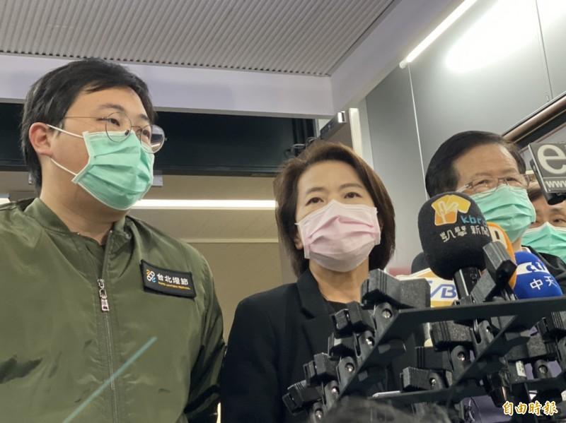 台北市副市長黃珊珊表示,貿然去消毒也怕造成恐慌,還是聽取中央統一調配較好。(記者楊心慧攝)