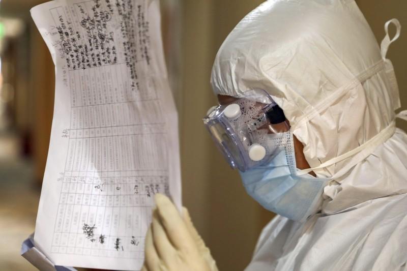 中國武漢爆發的新型冠狀病毒造成全球死亡已經超過500例。(美聯社資料照)