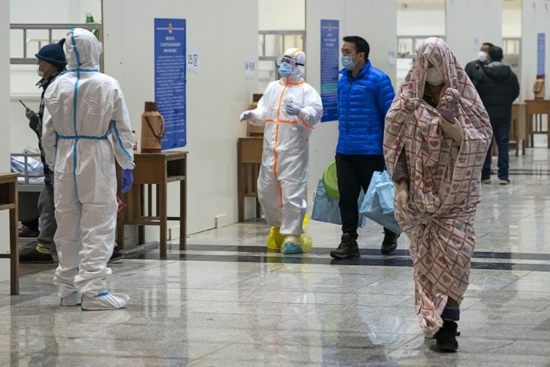 為了防堵武漢肺炎疫情,中國紛紛傳出封城措施。(美聯社)
