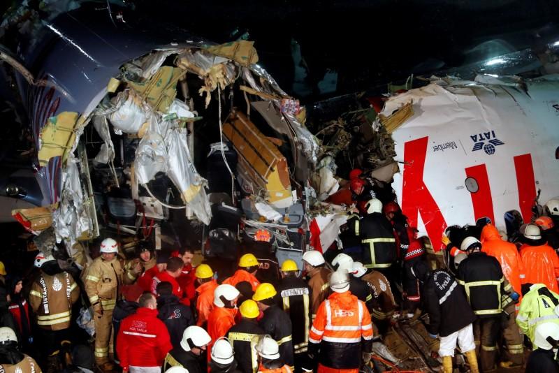 土耳其衛生部長克扎(Fahrettin Koca)表示,確認1名土耳其公民死亡,另外有157人受傷,受傷的人並未處於危急狀態,目前這些人正在醫院治療。(路透)