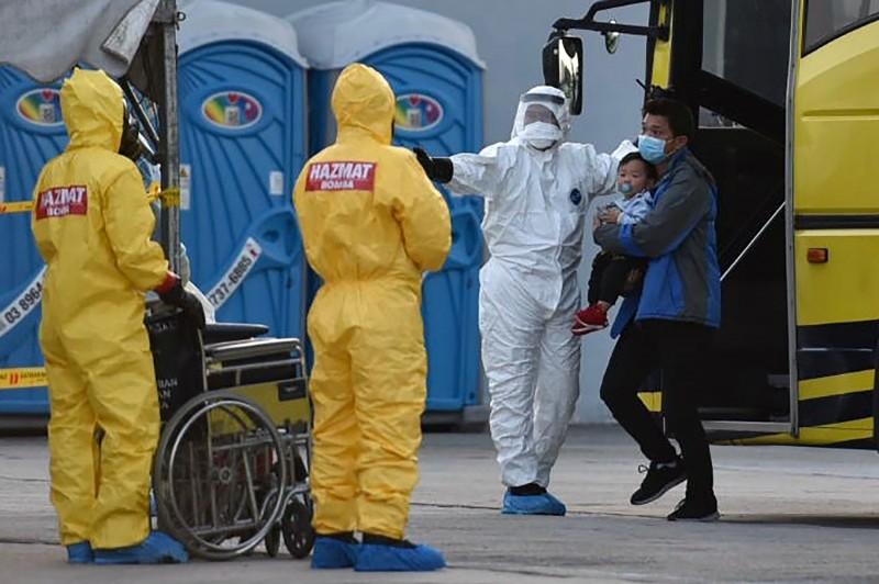 馬來西亞今(6)日新增2起武漢肺炎確診病例,其中一例為馬來西亞首起境內人傳人病例。圖為馬來西亞防疫情形。(法新社)