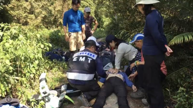 北大武登山突倒地,59歲男子送醫搶救。(記者邱芷柔翻攝)