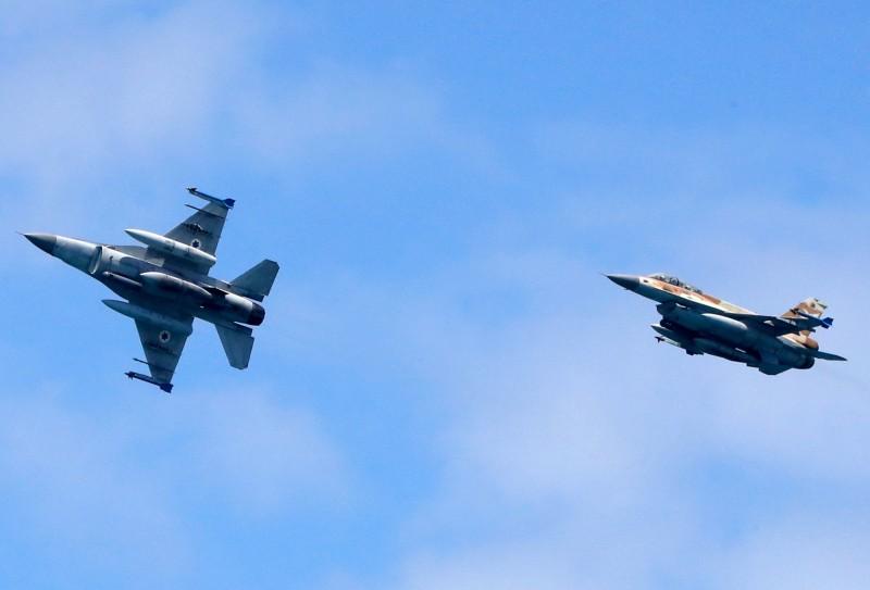 以色列於2月6日發動空襲,一架載俄羅斯客機被迫從大馬士革機場轉降俄羅斯位於敘利亞的赫梅明(Hmeymim)空軍基地。(法新社)