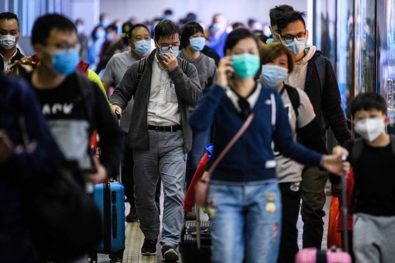 深圳宣布封城,管制車輛進出。(法新社)