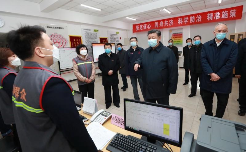 《路透》報導,傳習近平不滿封城等防疫手段已經威脅到中國經濟發展,要求官員不要再採取「更多限制性措施」。(歐新社)