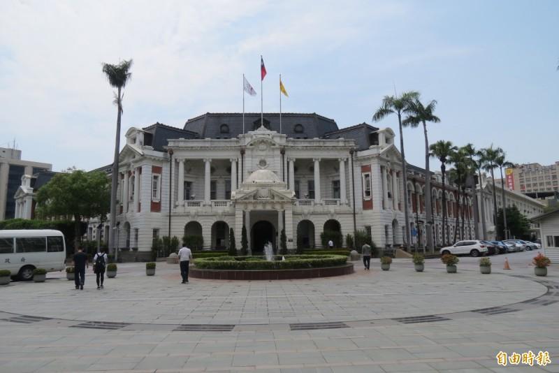 台中州廳拒作國美二館「做細漢」。(記者蘇孟娟攝)