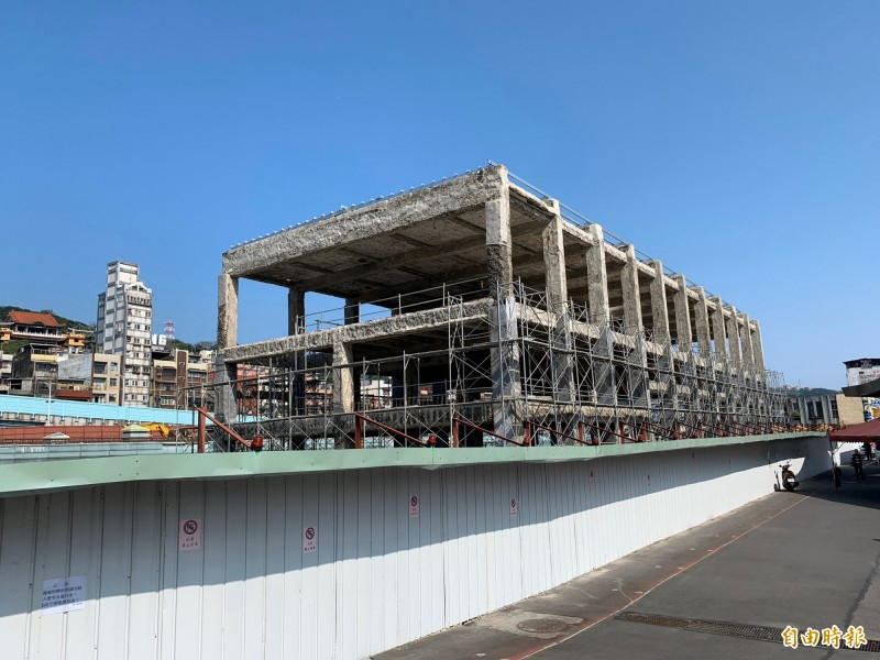 配合基隆城際轉運站興建,基隆舊火車站也將重新設計。(記者林欣漢攝)