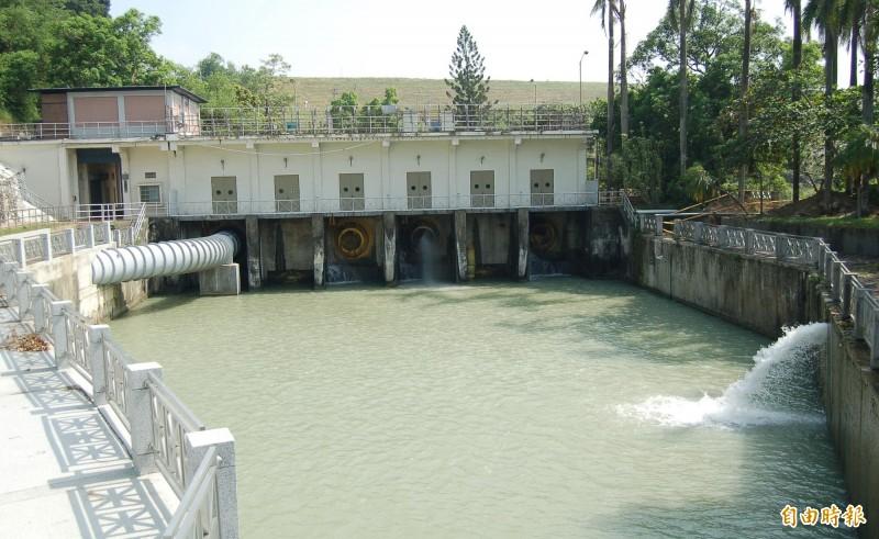 烏山頭水庫送水口。(記者楊金城攝)