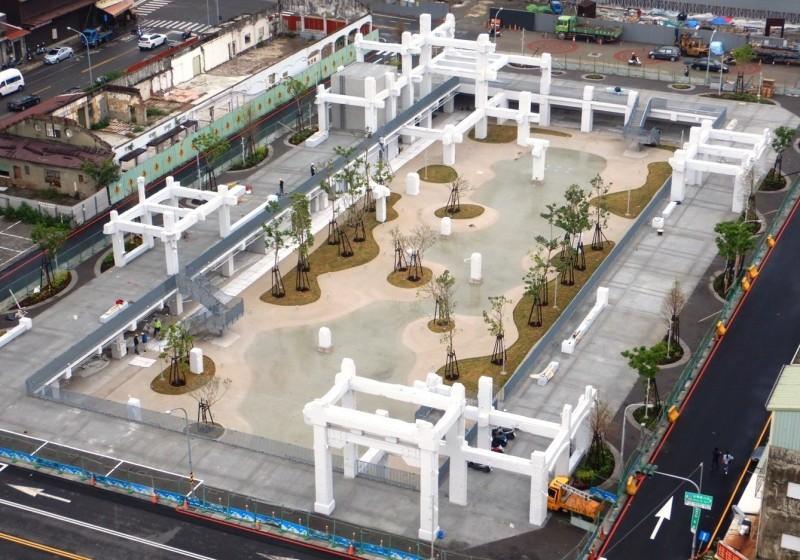 南市河樂廣場(原中國城基地)改造後景觀。(南市都發局提供)