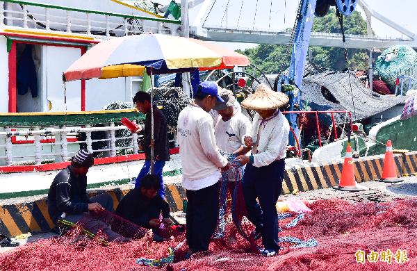 菲律賓籍移工在這次菲國政府公告禁止入境政策中,部分返鄉探親者也成了受害者。(記者張議晨攝)