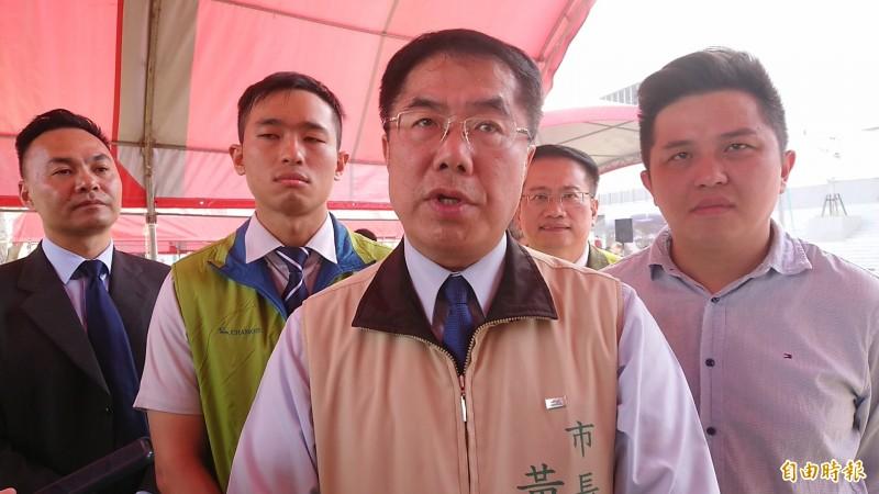台南市長黃偉哲表示,南市防疫因應小組早已部署,即時配合中央防疫作為及紓困專案,媒介台南經濟產業需求。(記者洪瑞琴攝)
