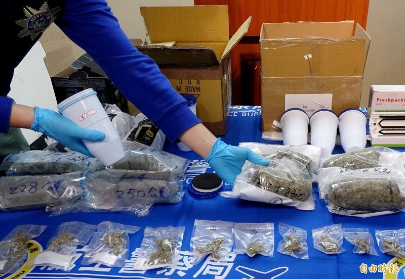 國際販毒集團企圖以濾水器濾心夾藏二級毒品大麻花走私入境台灣,遭航警局與關務署台北關聯手查獲。(記者朱沛雄攝)