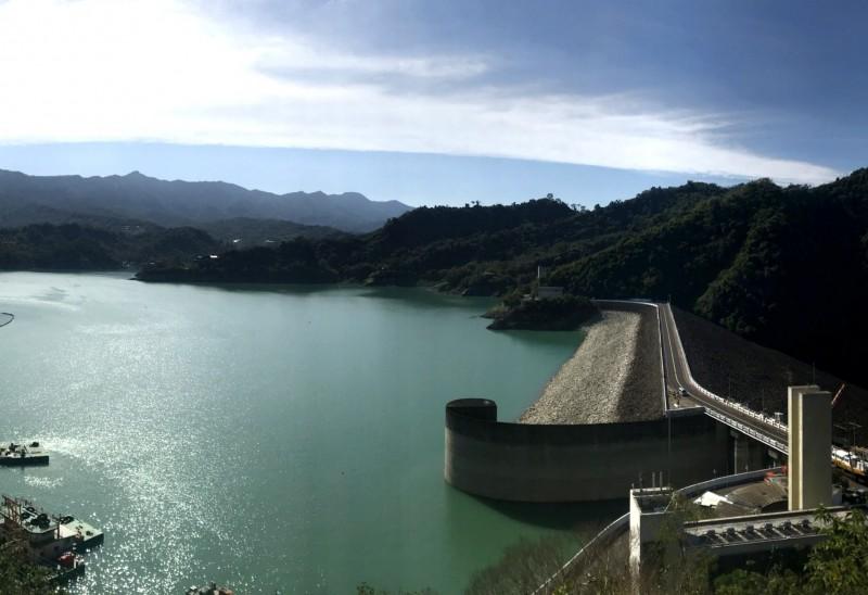 曾文水庫集水區降雨不明顯,水情助益有限。(記者吳俊鋒翻攝)