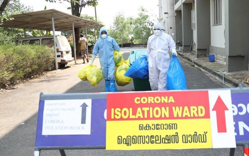 目前確診3例的印度,11日傳出喀拉拉邦(Kerala)有3252人因曾到疫區或曾與武漢肺炎患者接觸,進行不同程度的隔離觀察,其中3218人在家隔離,另外34人則入住醫院隔離病房。(歐新社)