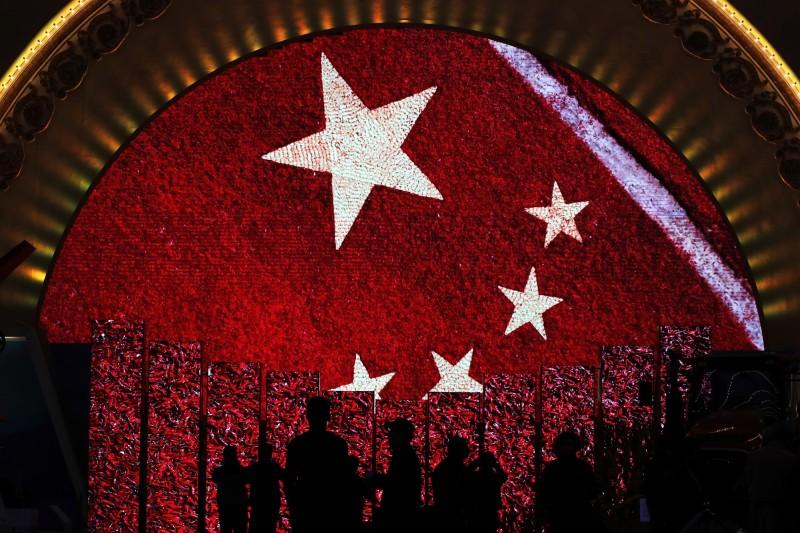 中國為防止武漢疫情蔓延,部分地級市實施封城政策。(美聯社檔案照)