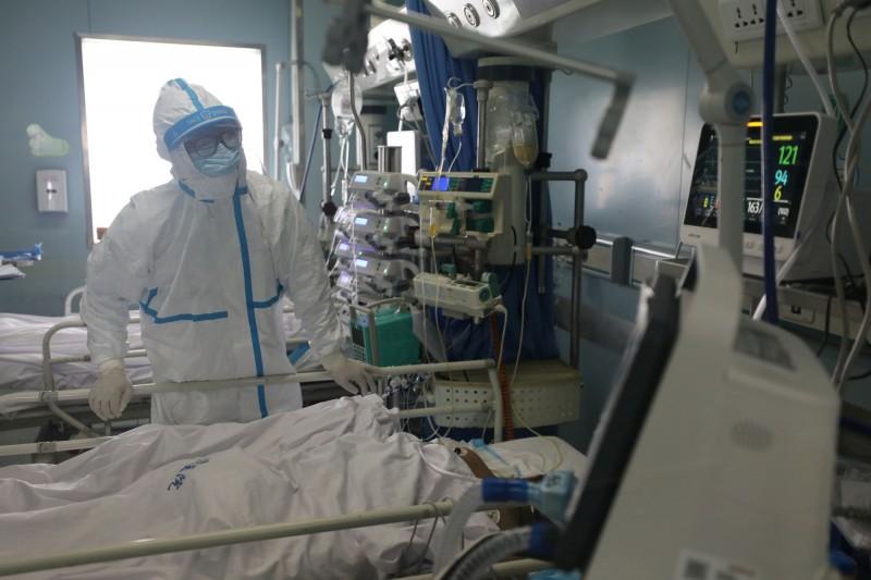 武漢肺炎疫情持續延燒。(路透)