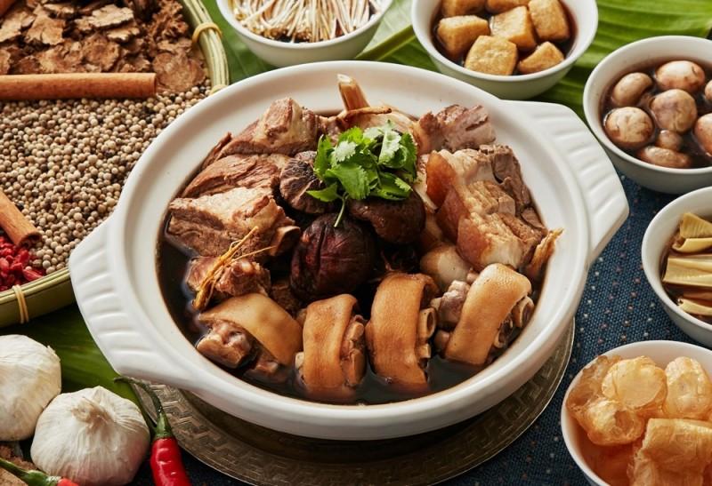 香格里拉台南遠東大飯店推出多款可供外帶的美食料理。(記者王俊忠翻攝)