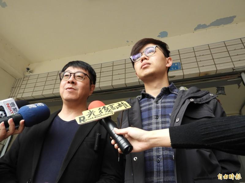罷韓連署書有有可能衝57、8萬份嗎?尹立(左)表示:「非常有可能」。(記者葛祐豪攝)